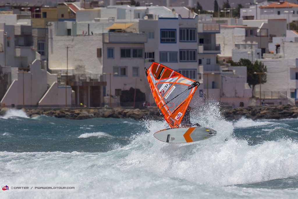 PWA WORLD TOUR 2018 / Gran Canaria Wind & Waves Festival 33th, Takara Ishii(J-20 / RRD)/ ⒸJohn Carter_pwaworldtour.com