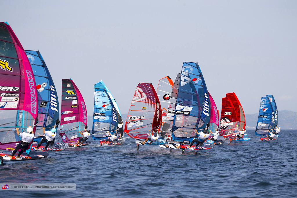 『Fly! ANA Windsurfing World Cup Yokosuka Miura Japan』Foil Start