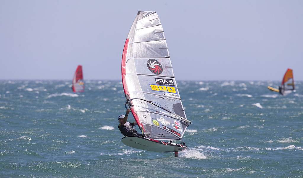 Thomas Goyard(FRA-3)Full Power Foiling