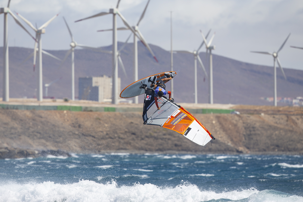 Takara Ishii(J-20)Gran Canaria, Pozo 2019 / ⒸJohn Carter_pwaworldtour.com