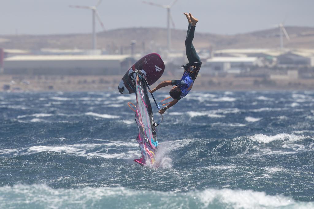 Arthur Arutkin(F-7)@ Gran Canaria 2019 / ⒸJohn Carter_pwaworldtour.com