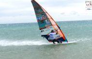 ウインドサーフィンなら風より速く走れる
