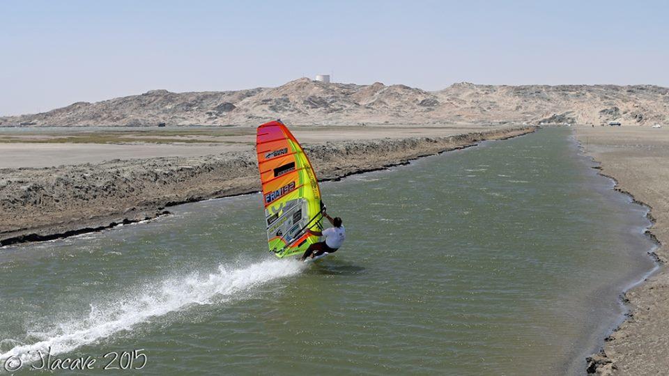 Antoine Albeau(FRA-192)Windsurfing Speed Record 53.27 kts(98.65 km/h) @Namibia Luderits,November 02, 2015 / Ⓒ Jlacave